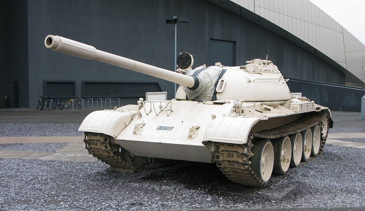 t - 54 tank