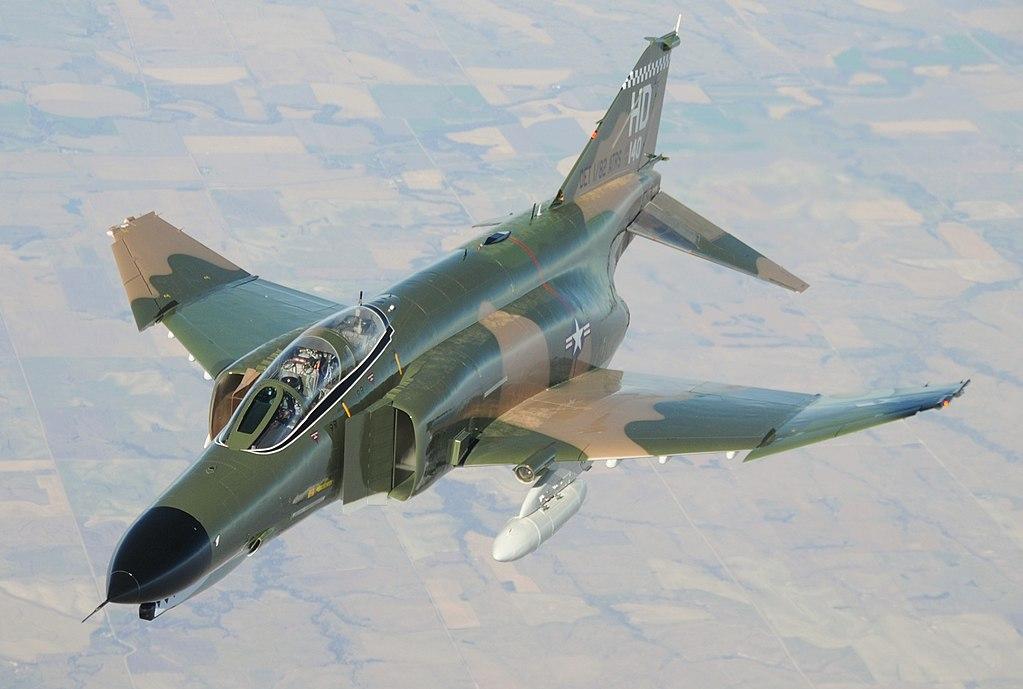 McDonnell_Douglas_F-4_Phantom_II